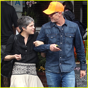 Selma Blair & Boyfriend Ron Carlson Look Smitten at Brunch!