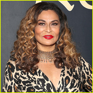 Beyonce's Mom Tina Knowles Claps Back at Troll Who Criticized Her Joke
