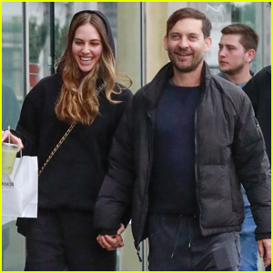 Tobey Maguire & Girlfriend Tatiana Dieteman Can't Stop Laughing During Afternoon Outing!