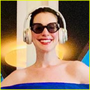 Anne Hathaway Quotes 'The Princess Diaries' While Taking on the Pillow Challenge on Instagram