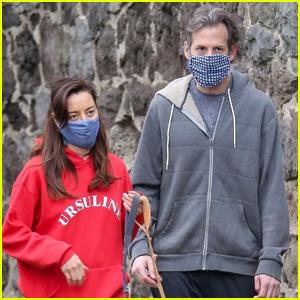 Aubrey Plaza & Longtime Boyfriend Jeff Baena Walk Their Dogs in Rare Outing