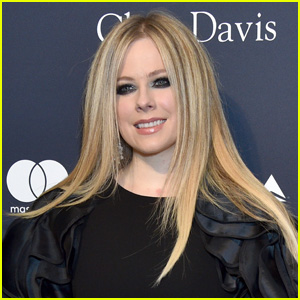 Avril Lavigne Announces 'We Are Warriors' Charity Single Amid Pandemic