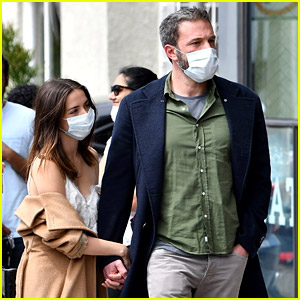 Ben Affleck & Ana de Armas Flaunt PDA While Waiting in Line for Donuts