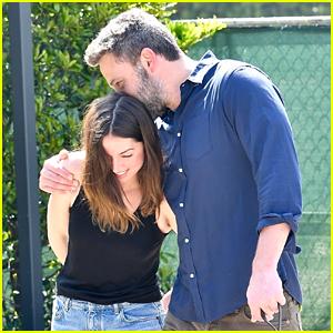 Ben Affleck & Girlfriend Ana de Armas Walk Their Dogs Together
