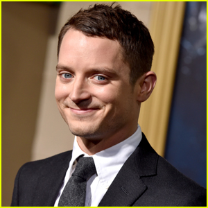 Elijah Wood Dropped By a Fan's 'Animal Crossing' Island to Sell Turnips & Talk 'Star Wars' - See His Adorable Interactions!