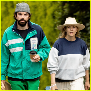 Elizabeth Olsen & Boyfriend Robbie Arnett Pick Up Lunch To Go