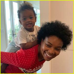 Gabrielle Union & Daughter Kaavia Show Off Natural Curls in Cute Pics!