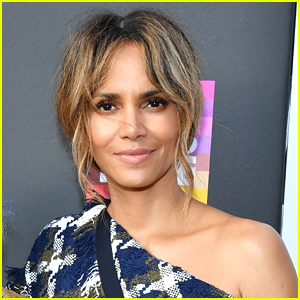 Halle Berry Nails The Viral Pillow Challenge on Instagram