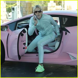 Jeffree Star Heads Out to Fill Up His Pink Lamborghini