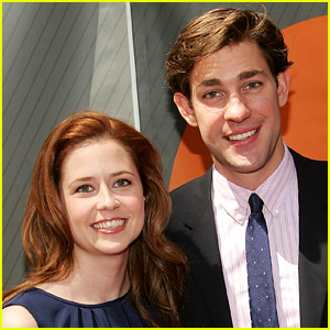 Jenna Fischer Sets the Record Straight on This 'Terrible' Rumor From 'The Office'