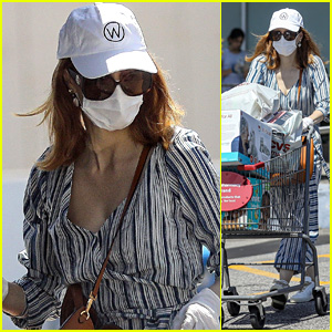 Jessica Chastain Wears a Mask & Gloves While Shopping for Baby Essentials