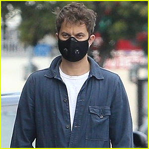 Joshua Jackson Picks Up Essentials Before Welcoming Daughter With Jodie Turner-Smith