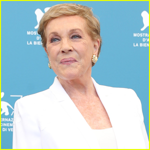 Julie Andrews Launches New 'Julie's Library' Podcast!