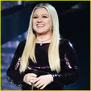 Kelly Clarkson's New Song 'I Dare You' Comes Out Soon, She Calls It Her 'Favorite Project' Ever
