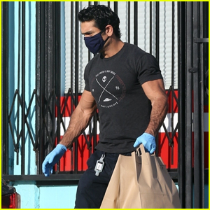 Kumail Nanjiani Looks Fit Picking Up Dinner While Wearing a Mask in LA