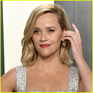 Reese Witherspoon Gets Candid About Struggling With Postpartum Depression