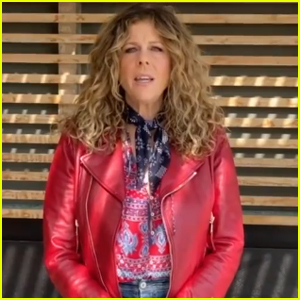 Rita Wilson Gives First Performance Since Recovering from Coronavirus - Watch Now!