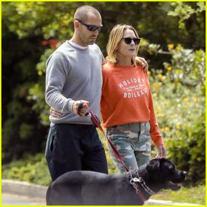 Robin Wright & Husband Clement Giraudet Walk Their Dog Amid Quarantine