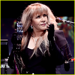 Stevie Nicks Says This Finally Happened 40 Years After Writing 'Edge of Seventeen'!