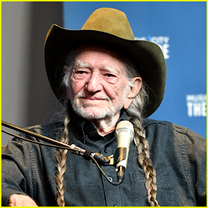 Willie Nelson Signs Handmade Masks To Be Auctioned Off & The Profits Will Go To Make Even More