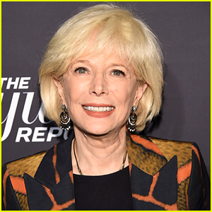 '60 Minutes' Correspondent Lesley Stahl Details Her Hospital Stay & Recovery From Coronavirus