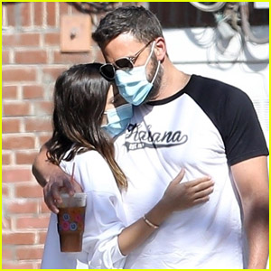 Ben Affleck Wants His Children to Spend Time With Girlfriend Ana de Armas