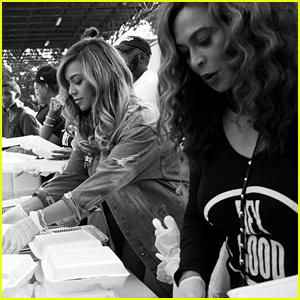Beyonce & Tina Knowles Set Up Free Mobile Coronavirus Testing in Houston For Mother's Day Weekend