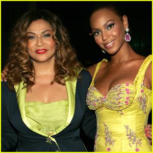 Beyonce Sends 'Big Texas Hugs' to Mom Tina on Mother's Day