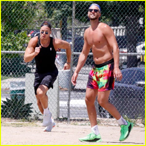 Blake Griffin Plays Kickball Game With Chandler Parsons & Friends in LA Amid Pandemic