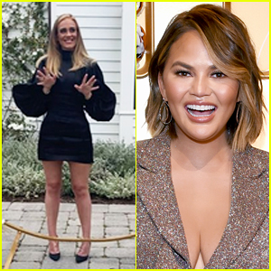 Chrissy Teigen's Comment on Adele's Viral Photo Has So Many Likes