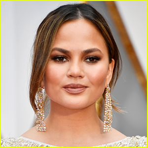 Chrissy Teigen Reacts to Alison Roman's 'NYT' Column Being Put on Temporary Leave