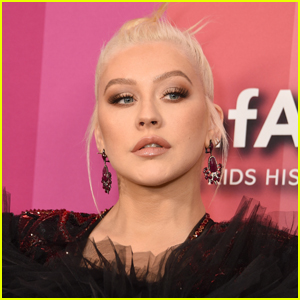 Christina Aguilera Shares Photos From Her Diary, Encourages Fans to Start Sharing Their Feelings