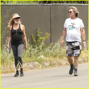 Goldie Hawn & Partner Kurt Russell Take a Walk Amid Quarantine