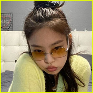 BLACKPINK's Jennie Goes Viral After Posting Nearly 60 Selfies in 15 Minutes!