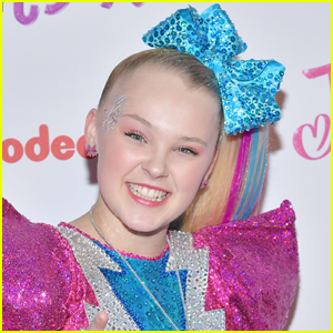 JoJo Siwa Takes Out Her Signature Ponytail, Shows Off Her Long Hair in Rare Glimpse!