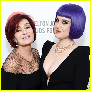 Kelly Osbourne Gives Mom Sharon a Mother's Day Gift on TV!