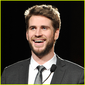 Liam Hemsworth Wakes Up With So Much Energy Every Morning That He Likes to Sing Out Loud!