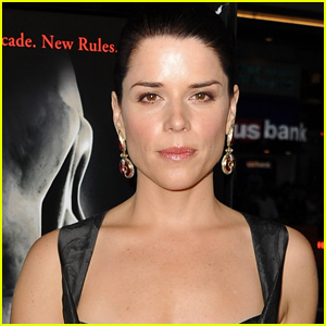 Neve Campbell Confirms She's 'Having Conversations' About 'Scream 5'!