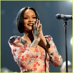 Rihanna Provides a Shady Status Update About 'R9'