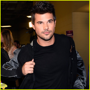 Taylor Lautner Is Selling His Clothes to Support Those Affected by Pandemic