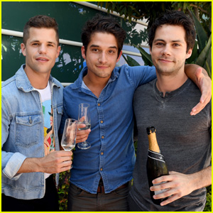 The 'Teen Wolf' Cast Is Virtually Reuniting for MTV Reunion Series!