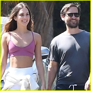 Tobey Maguire & Girlfriend Tatiana Dieteman Are All Smiles on Afternoon Walk