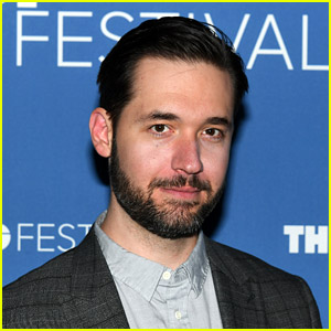 Reddit Co-Founder Alexis Ohanian Resigns from Board to Make Room for a Black Candidate