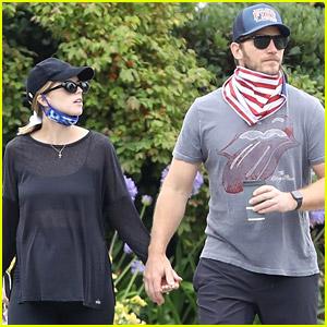 Chris Pratt Goes for a Stroll with Pregnant Wife Katherine Schwarzenegger