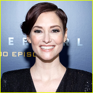 'Supergirl' & Grey's Anatomy's Chyler Leigh Opens Up About Her Sexuality
