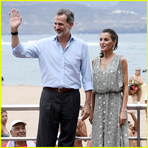 Spain's King Felipe & Queen Letizia Choose Not To Wear Masks For A Bit During Canary Island Visit