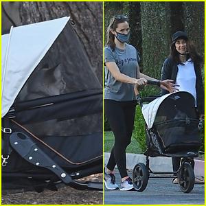 Jennifer Garner Explains Why She's Been Using a Cat Stroller During Quarantine