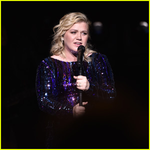 Kelly Clarkson Calls Out Police & Looters 'Taking Advantage' Amid Protests