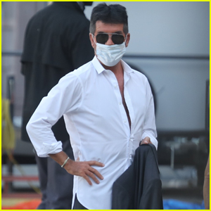 Simon Cowell Arrives for Work at a Studio in LA