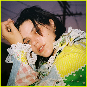 Watch Soko Perform 'Are You A Magician?' in a Virtual House (Exclusive)